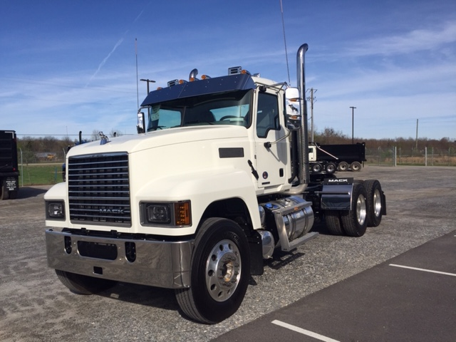 New 2019 MACK PI64T
